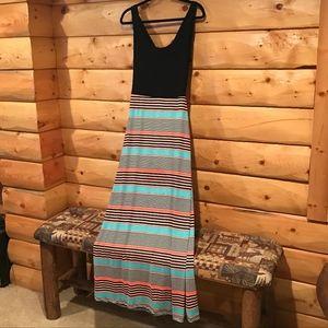 Gilli  Maxi dress Soooo cute! size size medium